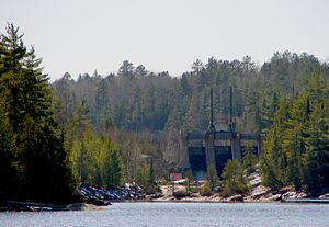 Lady Evelyn River - Dam at the mouth of the Lady Evelyn River