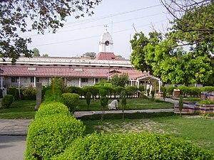 28 October 2009 Peshawar bombing - Lady Reading Hospital