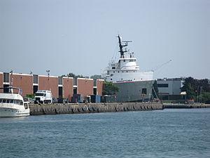 Lake freighter Manitoba, 2012 07 13 -a.jpg