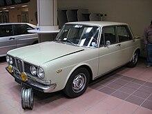 https://upload.wikimedia.org/wikipedia/commons/thumb/2/24/Lancia_2000_Berlina.jpg/220px-Lancia_2000_Berlina.jpg