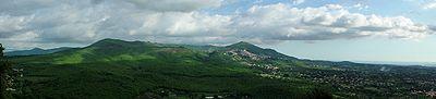 I Colli Albani oggi: appaiono chiaramente nell'orografia corrente i resti del cratere vulcanico del Vulcano Laziale, che occupava una superficie di circa 1600km².[9]