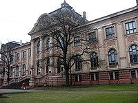 Latvijas Nacionālais mākslas muzejs.jpg