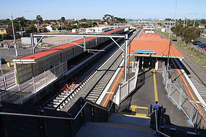 Laverton railway station, Melbourne - Eastbound view in February 2010