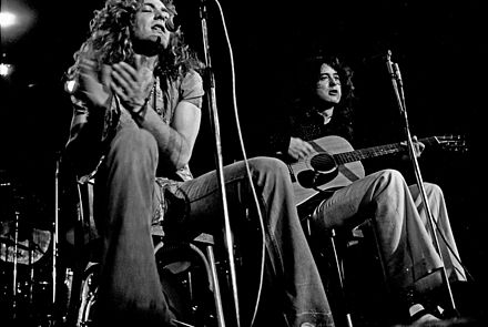 Plant and Page performing an acoustic set at Musikhalle Hamburg, in 1973 Led Zeppelin acoustic 1973.jpg