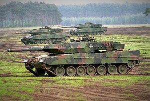 Leopard 2 ve T-90 Tanklarının Karşılaştırılması İzle