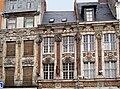 Lille facade esquermoise.JPG