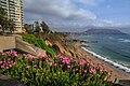 Lima's Pacific coastline (8444365544).jpg