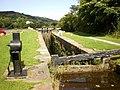 Lock, Huddersfield Narrow Canal - geograph.org.uk - 1460222.jpg