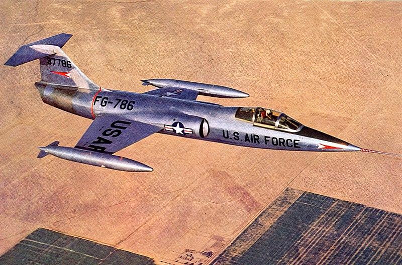800px-Lockheed_XF-104.jpg