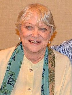 Louise Fletcher 2014.jpg
