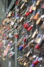 Love padlocks - Köln.JPG