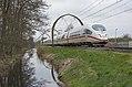 Maartensdijk ICE3m 4607 als omgeleide ICE International 220 naar Amsterdam Centraal (25936435620).jpg