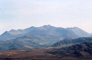 MacGillycuddys Reeks Mountain range in Kerry, Ireland