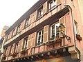 Maisons zur feisten Henne (à la poule charnue) et zur Rose (à la rose) (32 rue des Marchands) -Colmar-.JPG