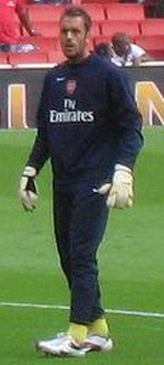 Manuel Almunia - Almunia warming up for Arsenal in October 2006