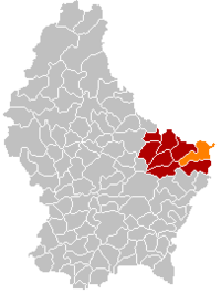 Map of Luxembourg with Rosport highlighted in orange, the district in dark grey, and the canton in dark red