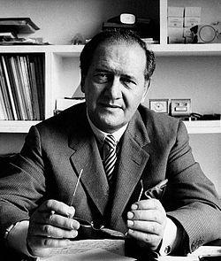 Mario Tobino 1962.jpg