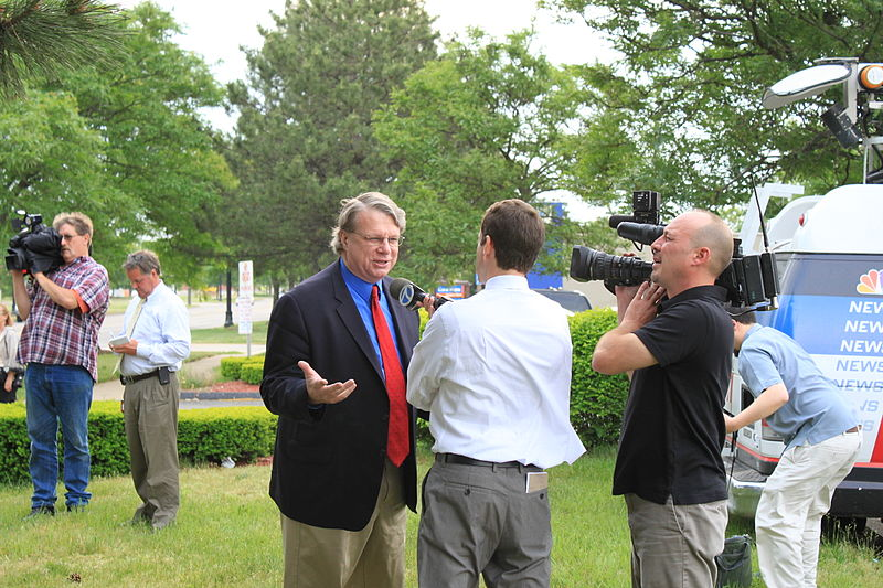 File:Mark Brewer interviewed at Mitt Romney campaign event.JPG