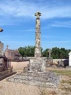 Friedhofskreuz in Mauriac