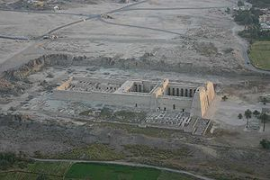 Medinet Habu (location) - Medinet Habu from the air