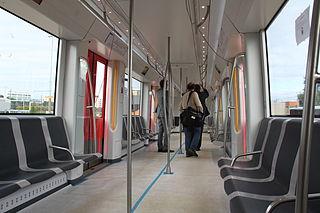 File metro amsterdam m5 interieur 2012 september 09 jpg for Metro interieur