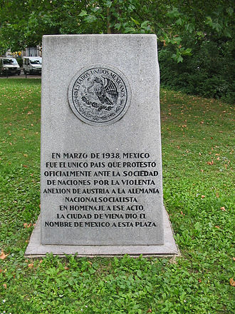 Austria–Mexico relations - Plaque commemorating Mexico's protest against the Anschluss in Vienna