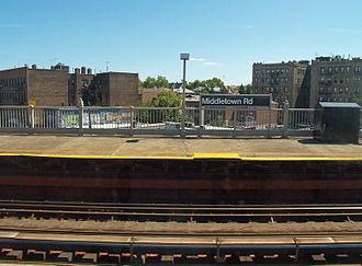 Middletown Road (IRT Pelham Line) - Image: Middletown Road (IRT Pelham Line) by David Shankbone copy