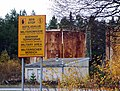 Military Area sign in Hiukkavaara Oulu 20061008.JPG