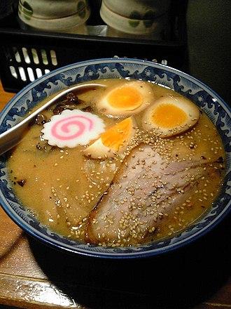 Narutomaki - Narutomaki (upper-left) served on miso ramen