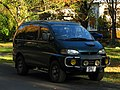 Mitsubishi Delica 4X4 (24438097498).jpg