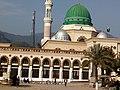 Mizar of Bari Imam Sarkar Islamabad.jpg