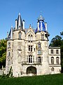 Montlévêque (60), château façade est.jpg