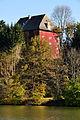 Moosburg Blick ueber den Teich auf Schloss Moosburg 22102010 11.jpg