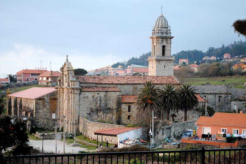 File:Mosteiro de Oia, 2012.JPG