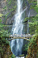 Multnomah Falls footbridge.jpg