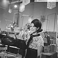 Nationaal Songfestival 1964 Anneke Grönloh, Bestanddeelnr 916-0849.jpg