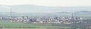 Neftochim-vaya-dinev cropped