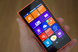 Nokia Lumia 735 orange.jpg