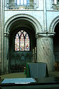 Norwich Cathedral (Holy Trinity) (18311377722).jpg