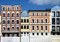 OPOLE dom przy Szpitalnej 5 od prawej połączony z 7po lewej -widok od str kanału Młynówka. sienio.JPG
