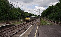 Oakleigh Park railway station MMB 01 91107.jpg