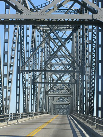 Cairo Ohio River Bridge - Image: Ohio River Bridge Cairo to Wickliffe Interior