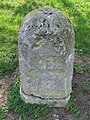 Old Milestone - geograph.org.uk - 1276325.jpg