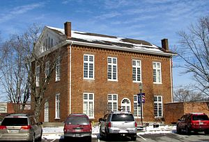Overton-county-courthouse-tn2.jpg