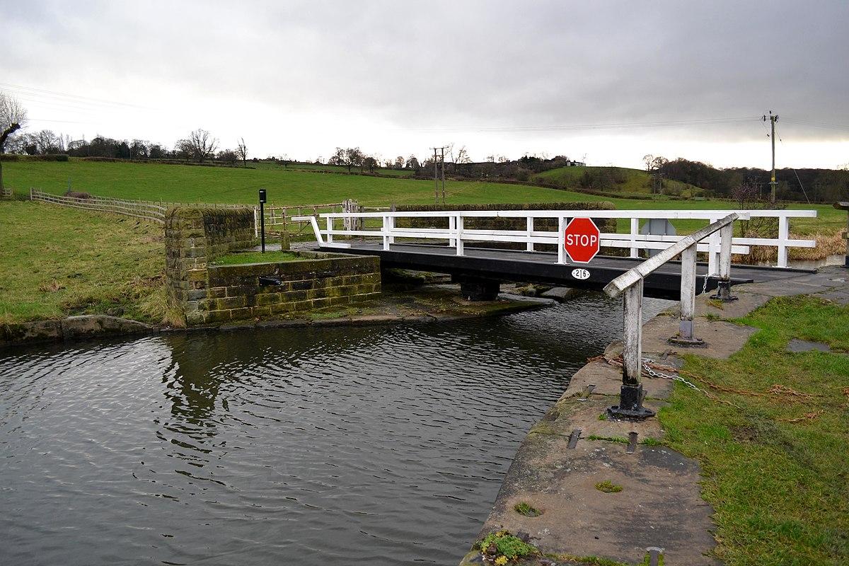 Owl Bridge, Calverley.jpg