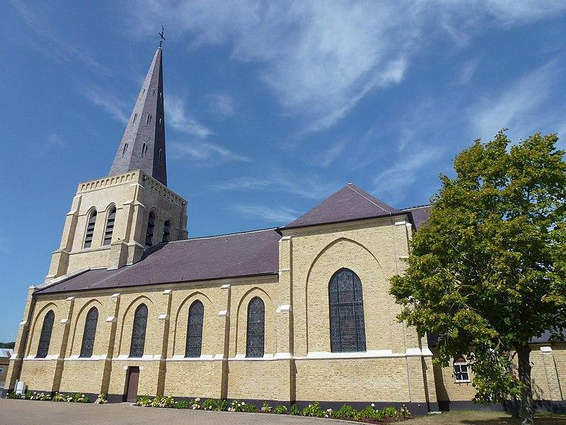 Oye-Plage (Pas-de-Calais) église Saint-Médard