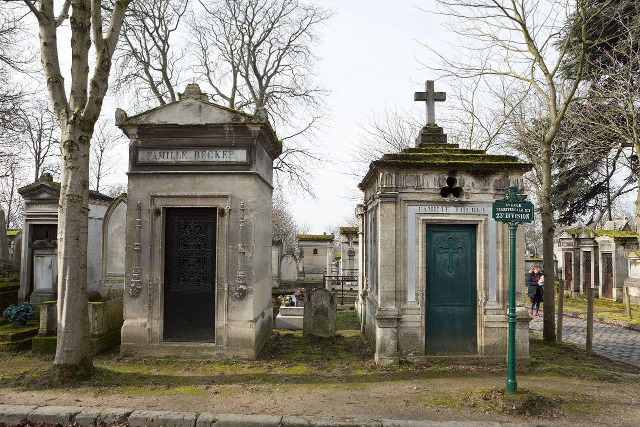 File:Père-Lachaise - Division 23 - Avenue transversale n°1 02.jpg