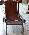 P1080271bibliothèque,fauteuil.jpg