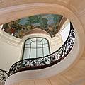 P1130890 Paris VIII Petit-Palais escalier rwk.jpg