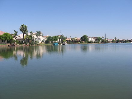A waterfront in the Val Vista Lakes Community in Gilbert Picture of lake front in Val Vista Lakes in Gilbert, Arizona, USA.jpg